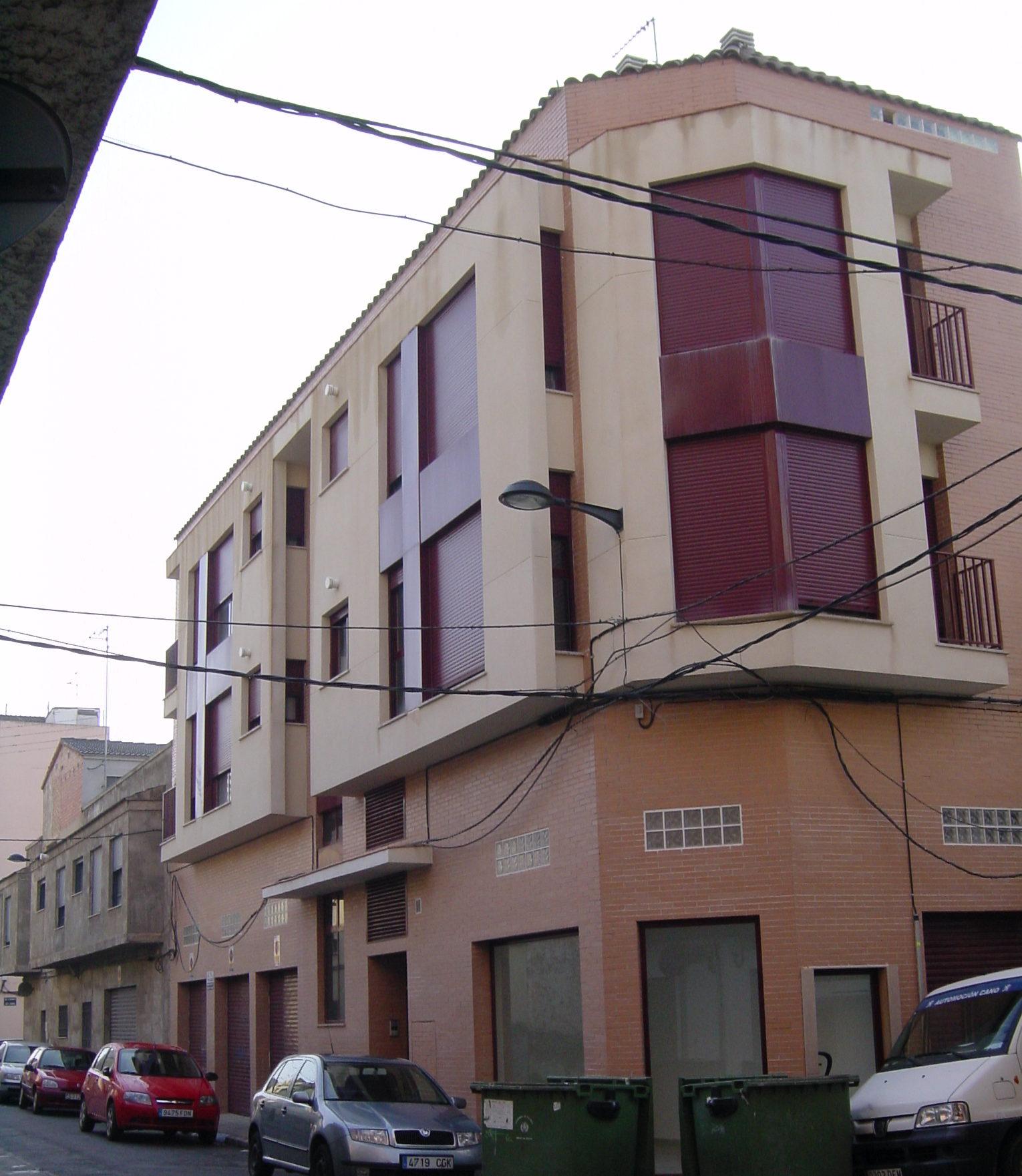 Residencial Plurifamiliar calle Salud