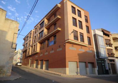 Edificio de viviendas en Cabanes